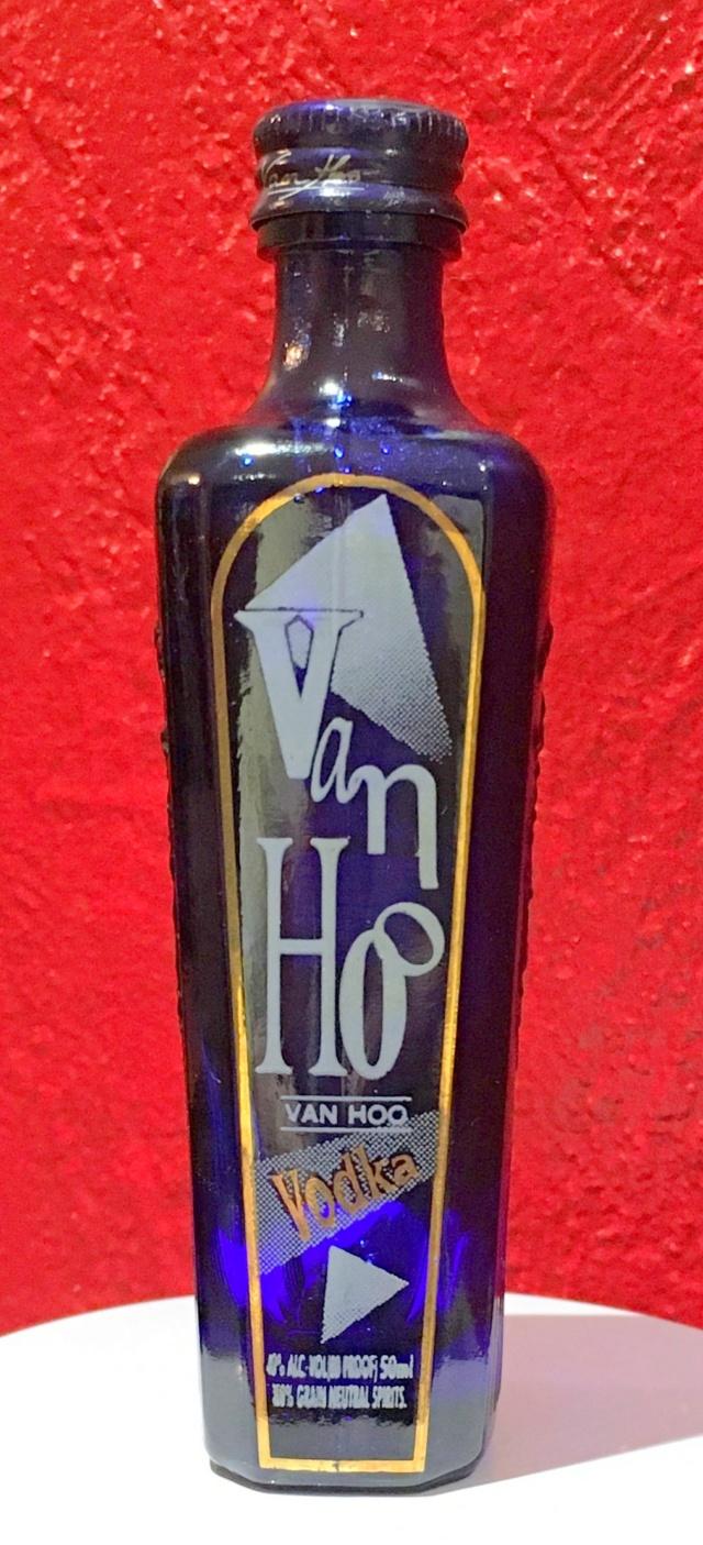 """Mignonnette de vodka """"Van Hoo"""" Vodkav13"""