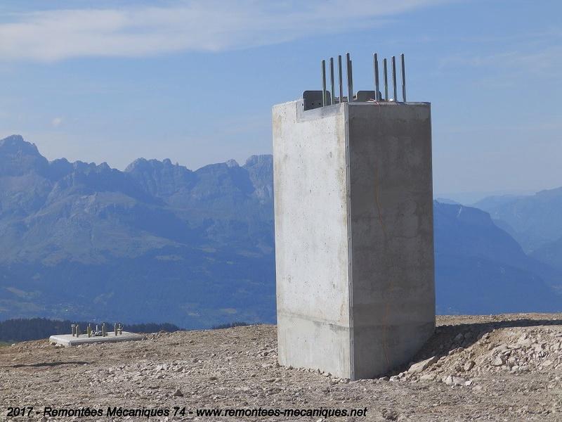 Construction télésiège débrayable 6 places (TSD6) de l'Épaule - Chantiers été 2017 001810