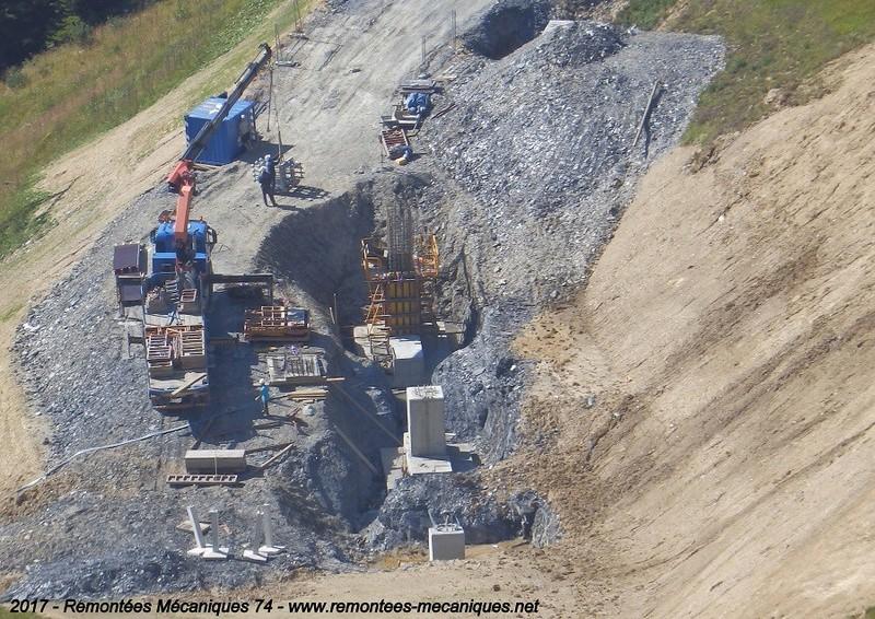 Construction télésiège débrayable 6 places (TSD6) de l'Épaule - Chantiers été 2017 002110