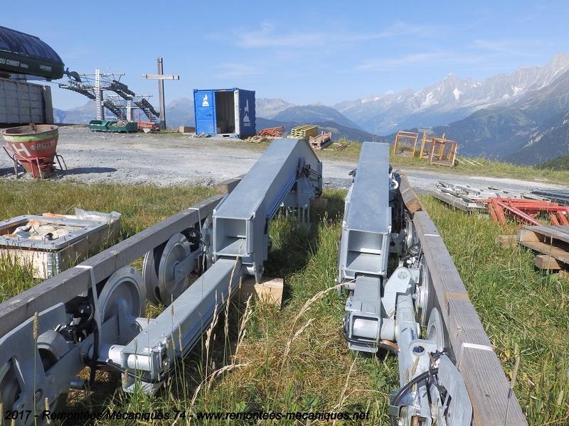 Construction télésiège débrayable 6 places (TSD6) de l'Épaule - Chantiers été 2017 002410