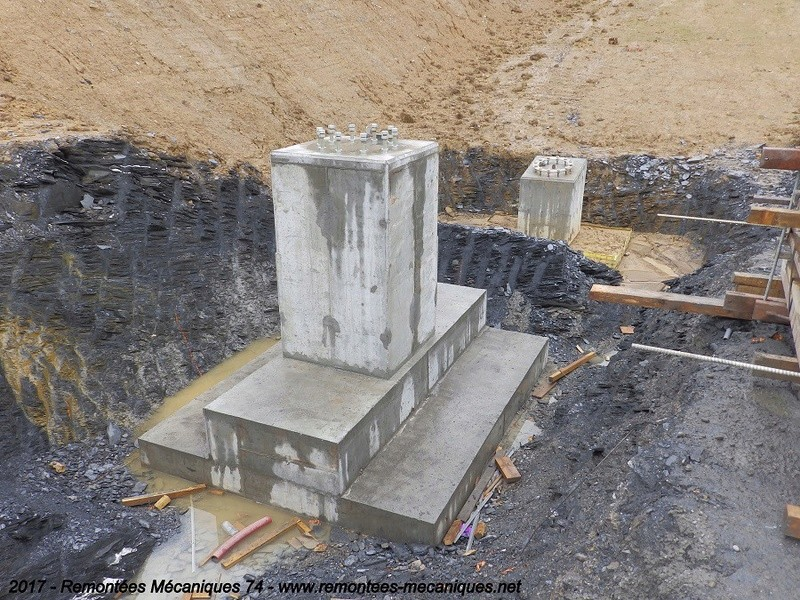Construction télésiège débrayable 6 places (TSD6) de l'Épaule - Chantiers été 2017 003710