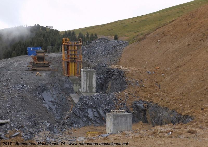 Construction télésiège débrayable 6 places (TSD6) de l'Épaule - Chantiers été 2017 003910