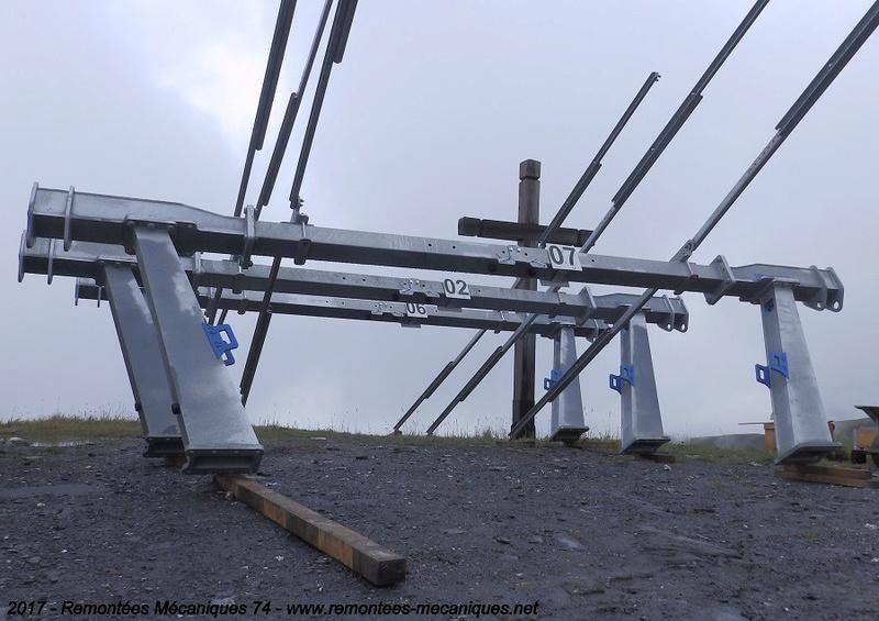 Construction télésiège débrayable 6 places (TSD6) de l'Épaule - Chantiers été 2017 004910