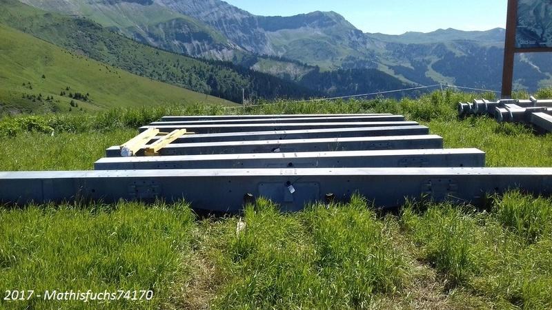 Construction télésiège débrayable 6 places (TSD6) de l'Épaule - Chantiers été 2017 01210