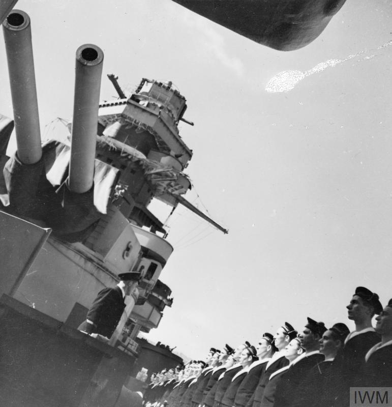 Excellentes photos FNFL de l'Imperial War Museum...bonnes idées de reconstitution à bord 1110