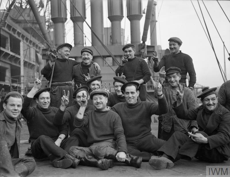 Excellentes photos FNFL de l'Imperial War Museum...bonnes idées de reconstitution à bord G10