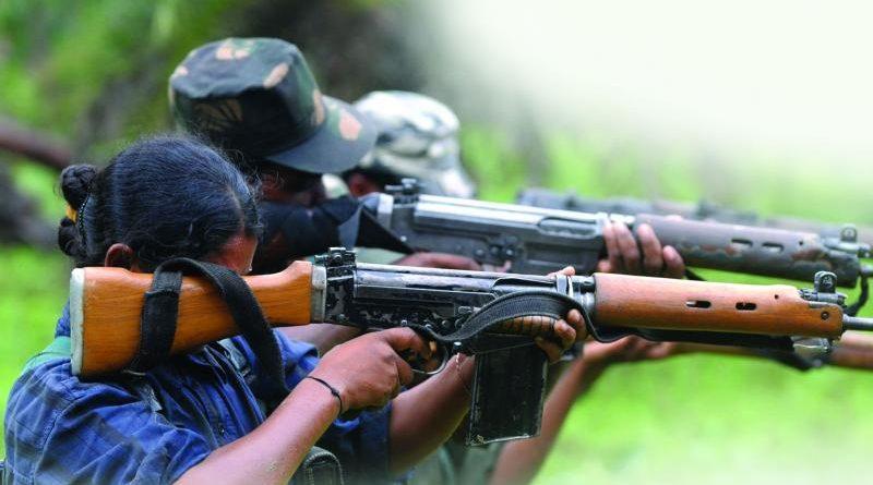 GUERRILHA NAXALITA: Sub-inspetor policial é morto em encontro com maoístas Naxali10