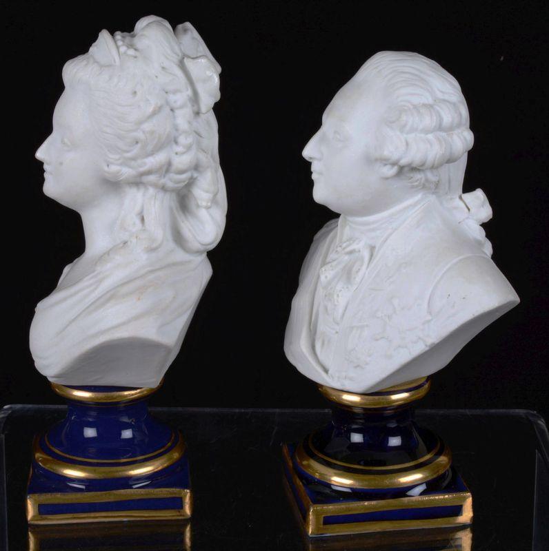 A vendre: Louis XVI et Marie Antoinette - Page 5 15047911