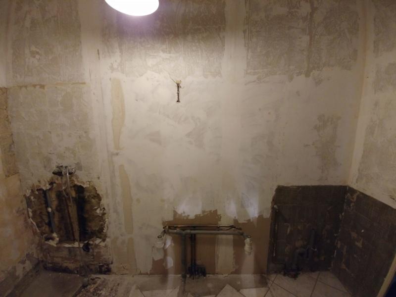 Pose d'un plancher de rangement au dessus de la salle de bain Cloiso10