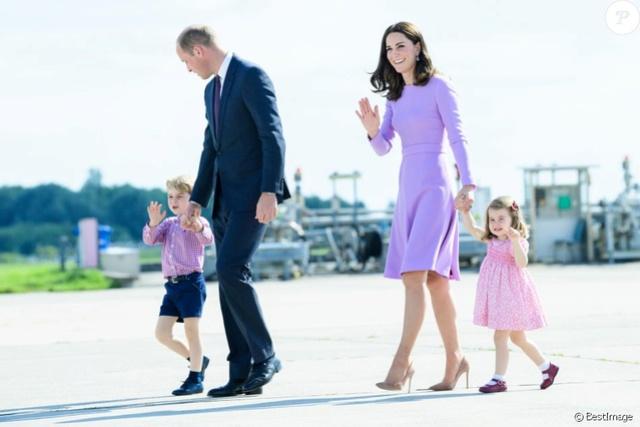 Kate Middleton  35082410