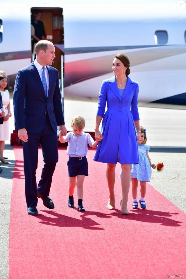 Kate Middleton  35082510