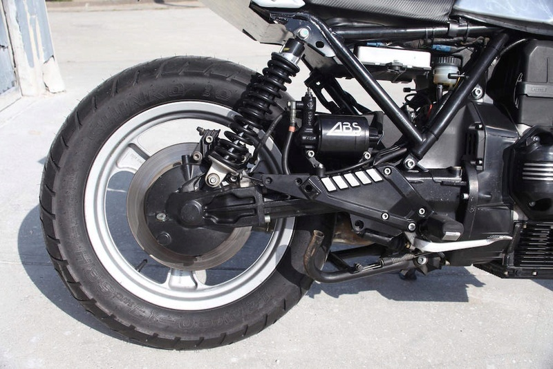 Wider Wheels & Radial Tyres on a K100 - Page 4 Img_3214
