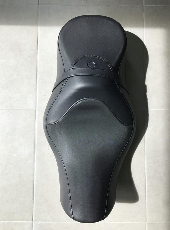Selle confort Reach XL sportster (Vendue) Img_7414