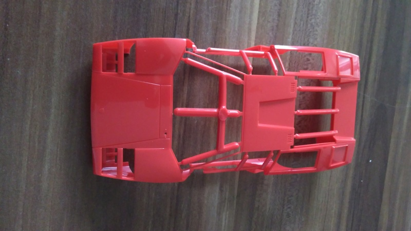 Aoshima 1:24 Lamborghini Wolf  Countach  Version 1 Img_2218