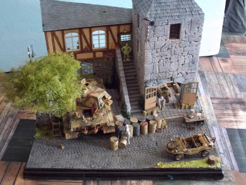 King Tiger à l'entretien Chateau de Chanteloup Aout 44       Projet terminé  - Page 5 Dscn5722