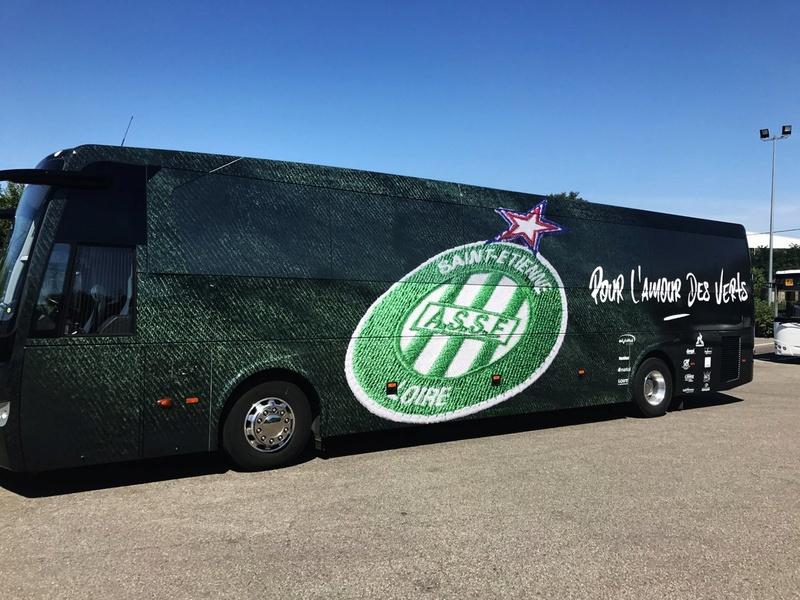 [Actualité] Le bus de l'ASSE a changé de revêtement  Dd9p8l10