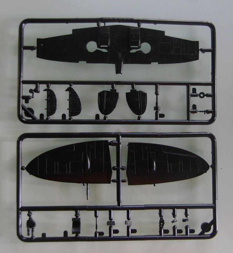[Frog] Spitfire Mk VIII 11_spi10
