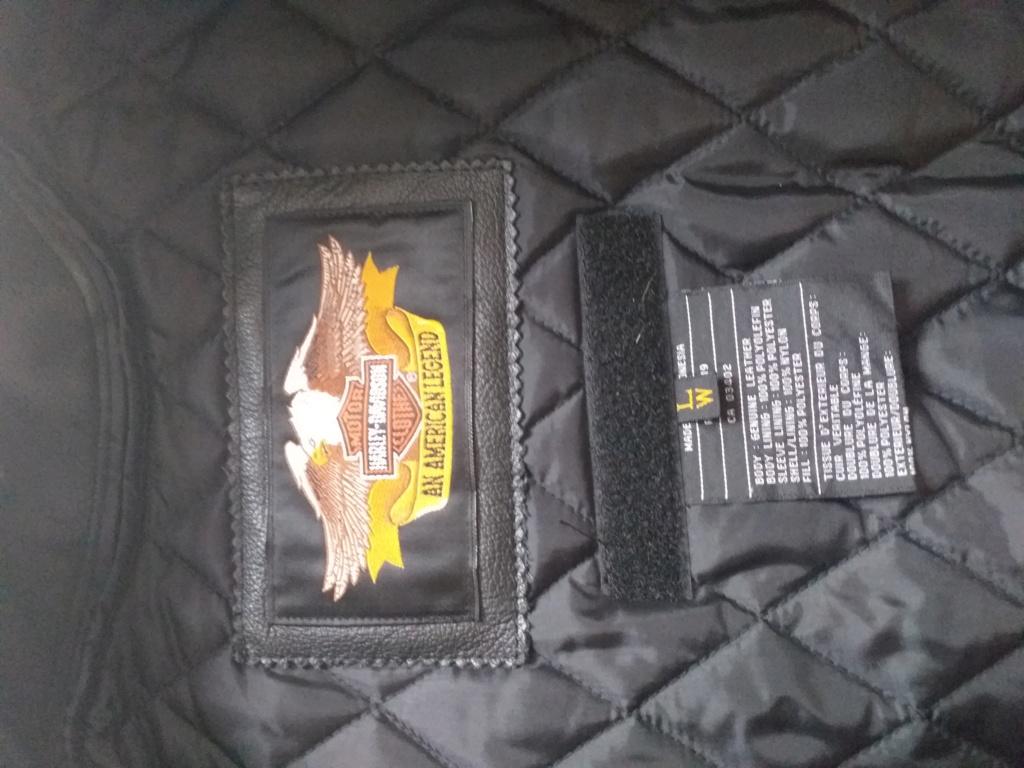 Vends blouson cuir femme Harley Davidson 20200716