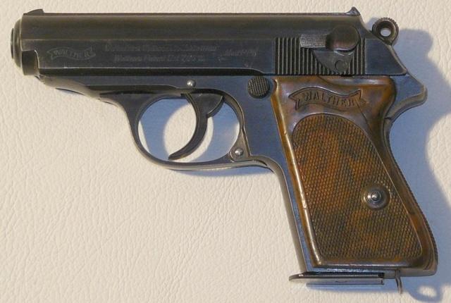 De quelle couleur est votre talon (de chargeur PP/PPK, Walther ou Manurhin) Walthe11