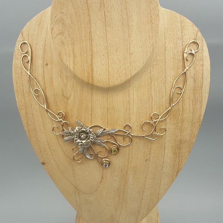 Collier bronze doré et bronze blanc 18985410