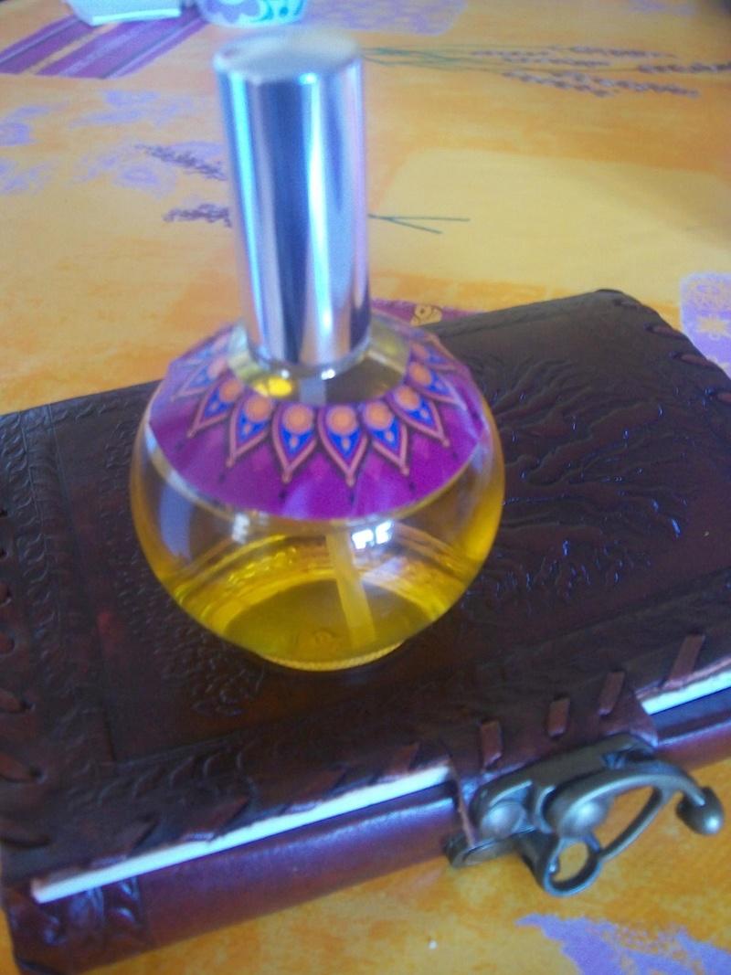 Le parfum et l'astrologie.. - Page 2 12322310