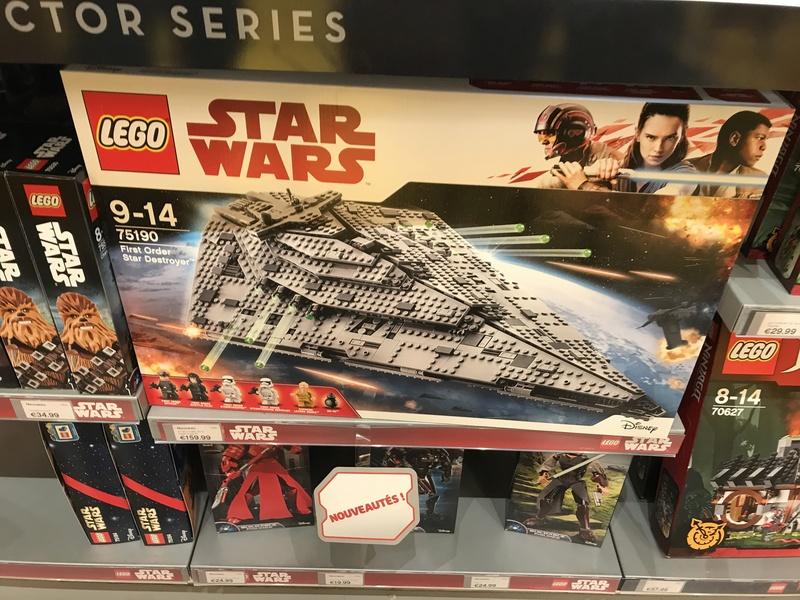 A l'attrait de l'anneau - tu dois resister - Nouveau Faucon Lego Img_2117
