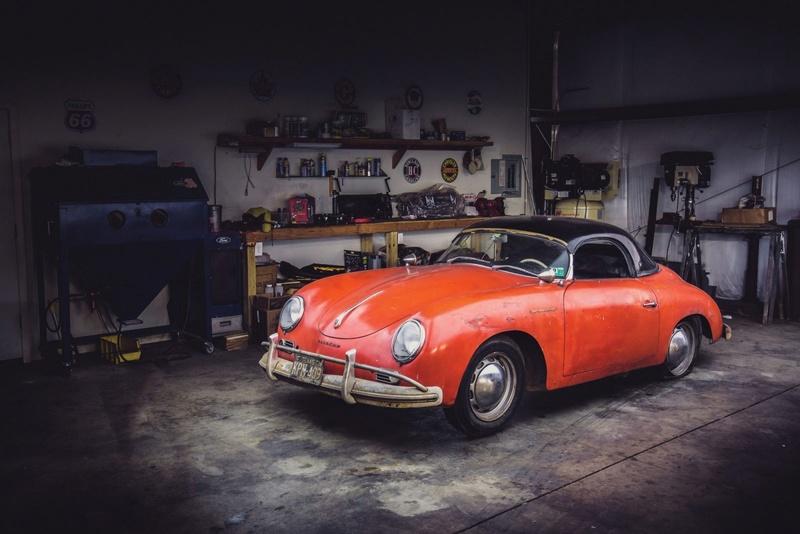Photos de Porsche à restaurer - Page 11 Porsch10
