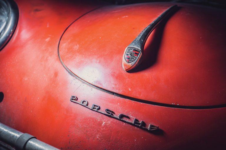 Photos de Porsche à restaurer - Page 10 Porsch15