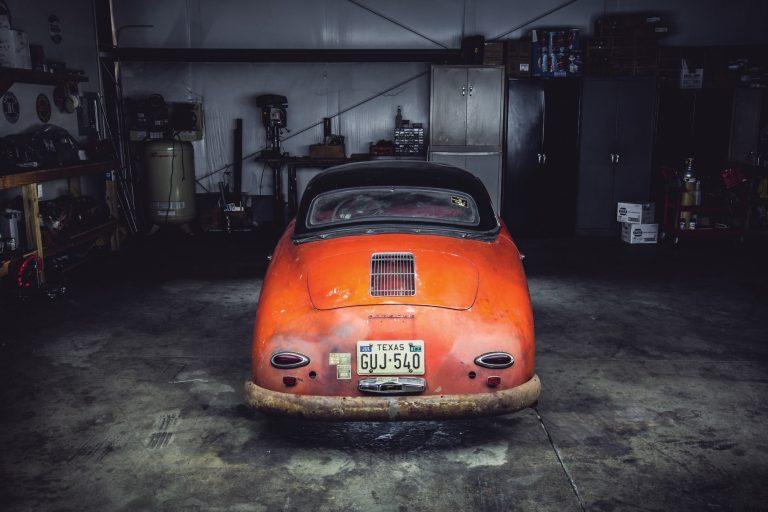 Photos de Porsche à restaurer - Page 10 Porsch18