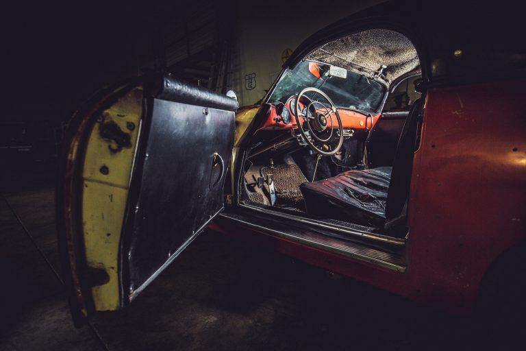 Photos de Porsche à restaurer - Page 11 Porsch20