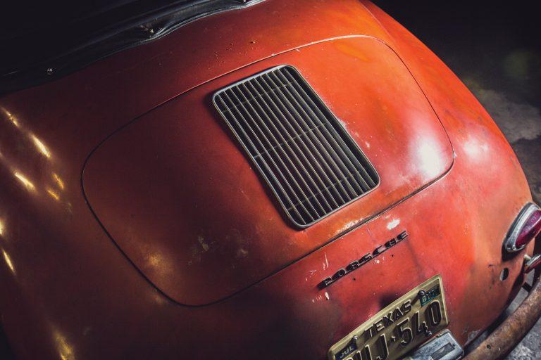 Photos de Porsche à restaurer - Page 11 Porsch21