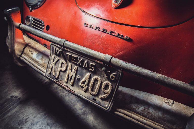 Photos de Porsche à restaurer - Page 11 Porsch23