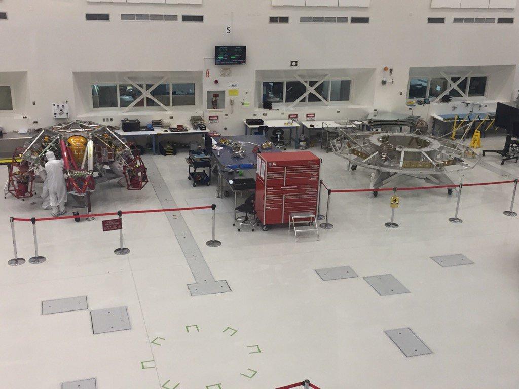 "Préparation du rover Mars 2020 ""Perseverance"" - Page 5 192"