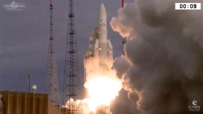 Ariane 5 VA238 (Hellas-Sat 3 / GSAT 17) - 28.06.2017  [Succès] - Page 2 Screen13