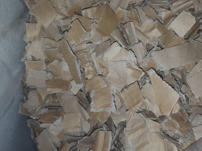 Retours sur une litière peu connue : la litière en carton ! - Page 19 20170811