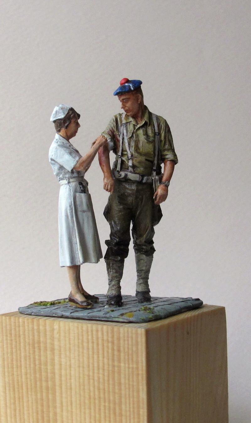 Toulon, le 26 août 1944, fusilier marin blessé 01010