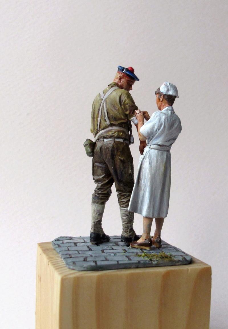 Toulon, le 26 août 1944, fusilier marin blessé 01310