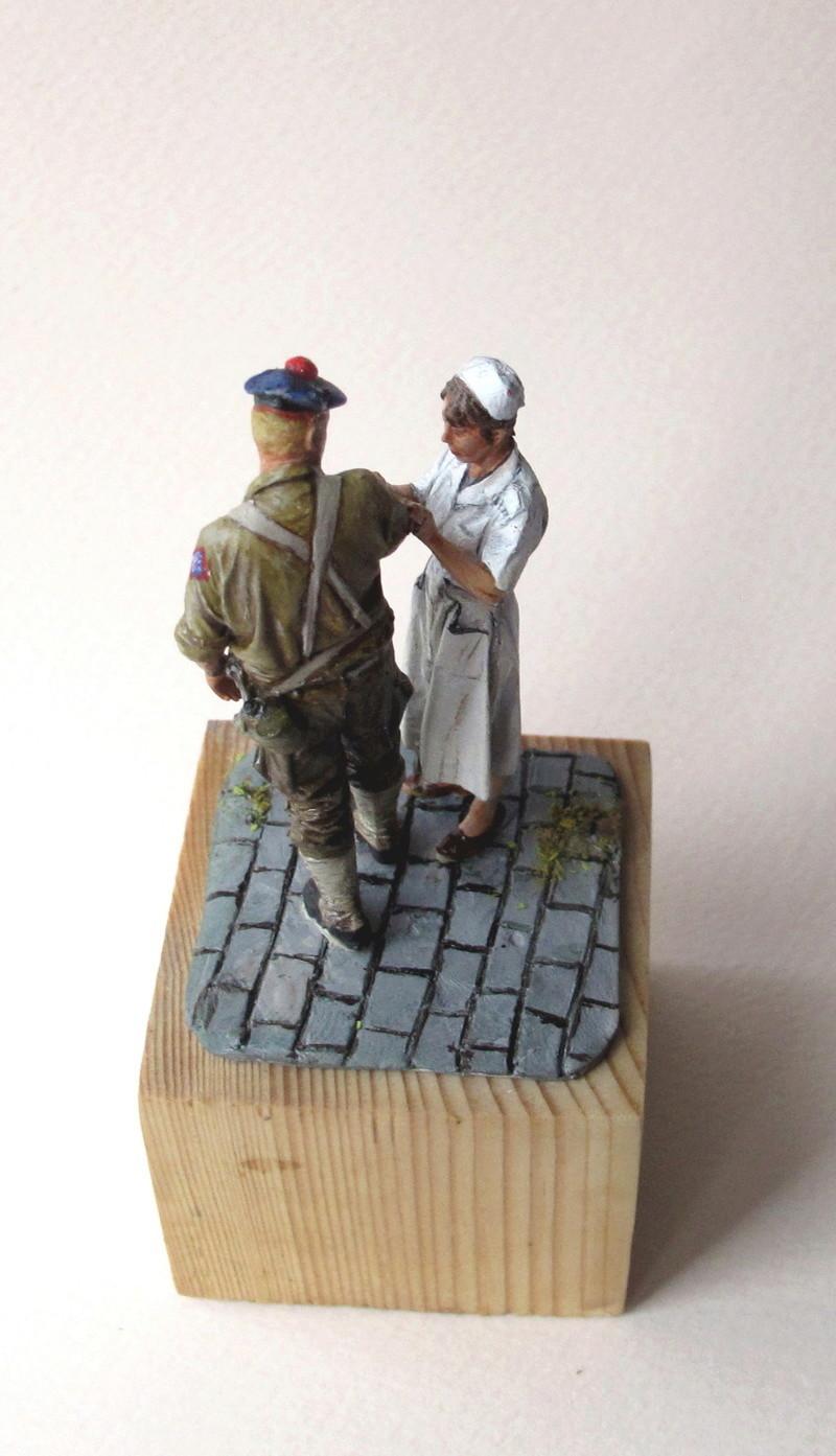 Toulon, le 26 août 1944, fusilier marin blessé 01910