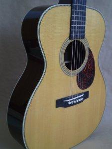 """Guitare Martin OM-28V - Année 2010 - Série """"Marquis"""" Joel_b12"""