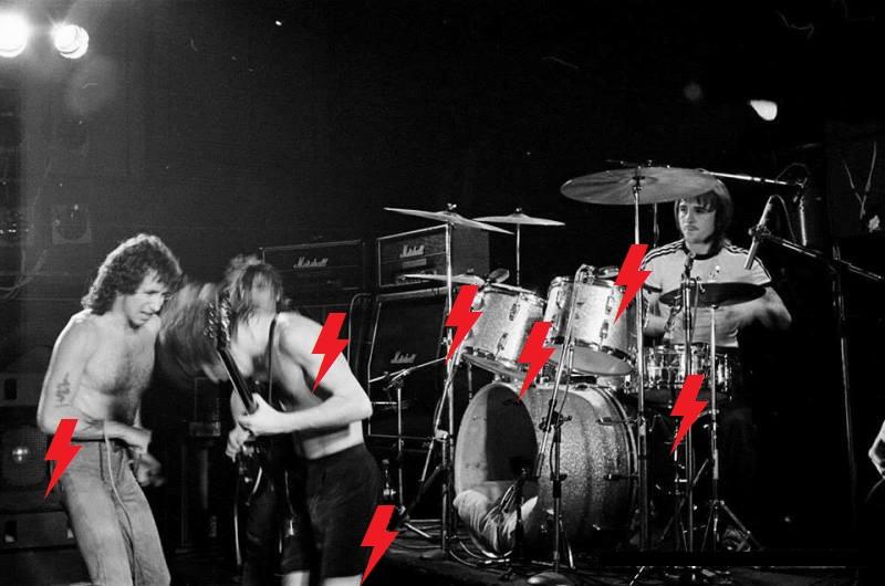 1976 / 06 / 17 - UK, Bedworth, Civic hall Bedwor10