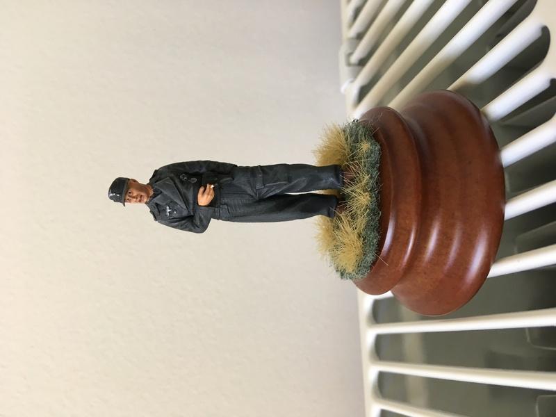 Premières figurines Img_0910