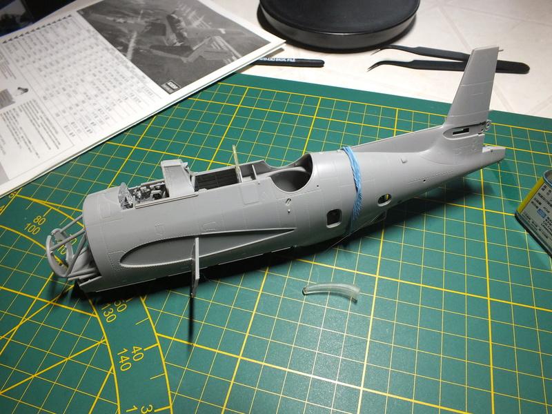 TBM-3 Avenger from USS Bunker Hill 1/48 Academy Dscf0610