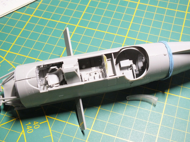 TBM-3 Avenger from USS Bunker Hill 1/48 Academy Dscf0611
