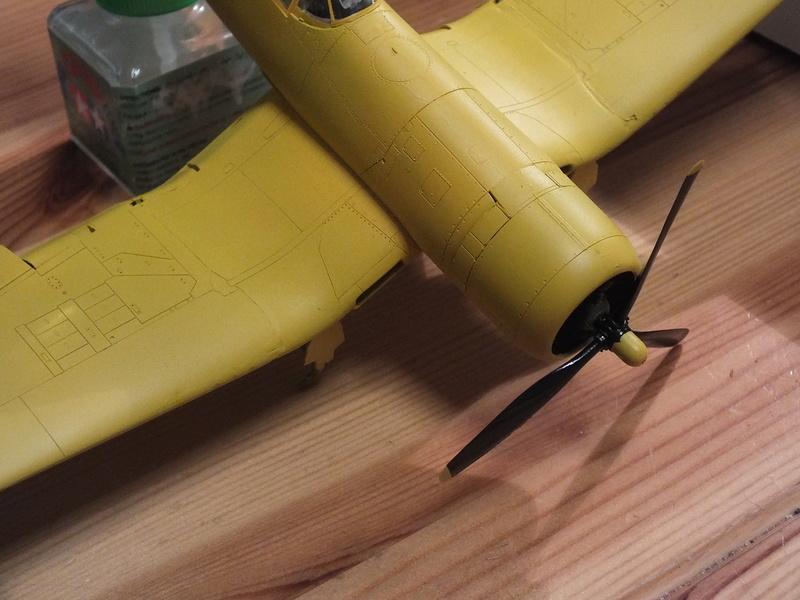 Corsair F4AU-1A 1/48 Tamiya réf.61070 décoration spécifique à mon pseudo............ - Page 2 Dscf1653