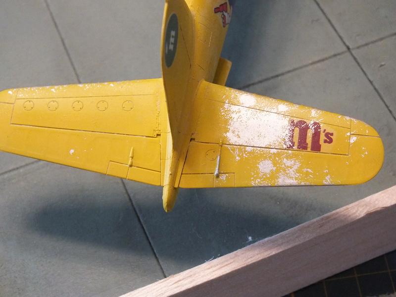 Corsair F4AU-1A 1/48 Tamiya réf.61070 décoration spécifique à mon pseudo............ - Page 2 Dscf1711