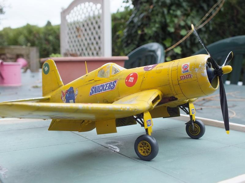 Corsair F4AU-1A 1/48 Tamiya réf.61070 décoration spécifique à mon pseudo............ - Page 2 Dscf1717