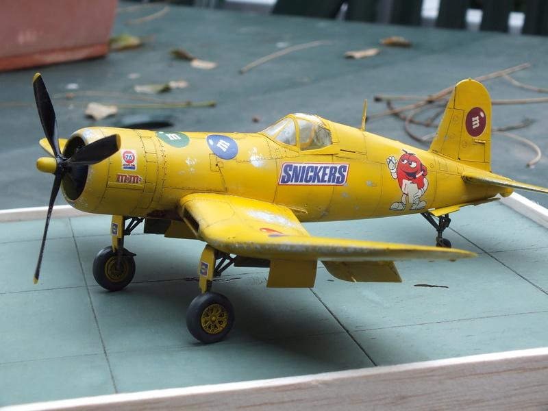 Corsair F4AU-1A 1/48 Tamiya réf.61070 décoration spécifique à mon pseudo............ - Page 2 Dscf1721