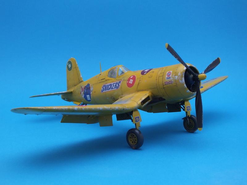 Corsair F4AU-1A 1/48 Tamiya réf.61070 décoration spécifique à mon pseudo............ - Page 2 Dscf1726