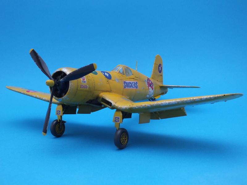 Corsair F4AU-1A 1/48 Tamiya réf.61070 décoration spécifique à mon pseudo............ - Page 2 Dscf1729