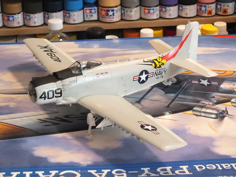 Skyraider Tamiya 1/48 réf. 61058 déco from the box. Dscf1739